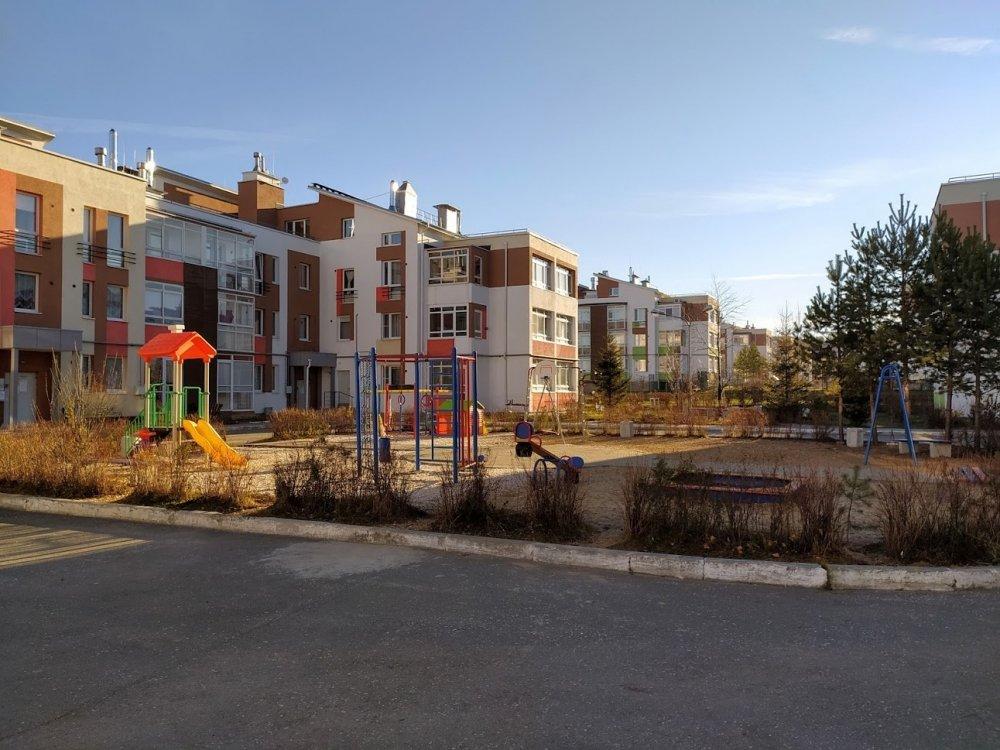 Продажа 2-комнатной квартиры по улице Карасьевская