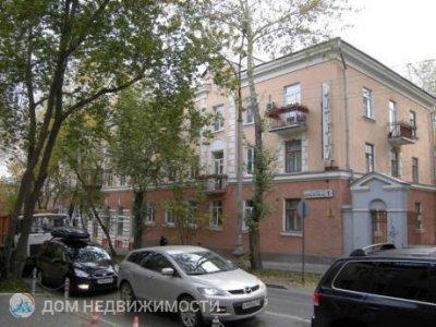 3-комнатная квартира, 65 м2, 1/3 эт.