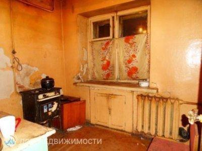 2-комнатная квартира, 42 м2, 1/5 эт.