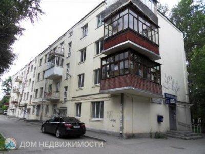 Комната в 3-к. кв., 12 м2, 3/4 эт.