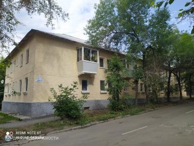 3-комнатная квартира, 63 м2, 2/2 эт.